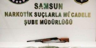Samsun'da bir kişi 13 kilo 894 gram esrarla yakalandı