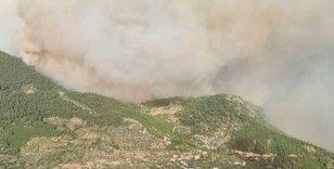 Antalya yangınında 'yangın şeytanı' görüldü