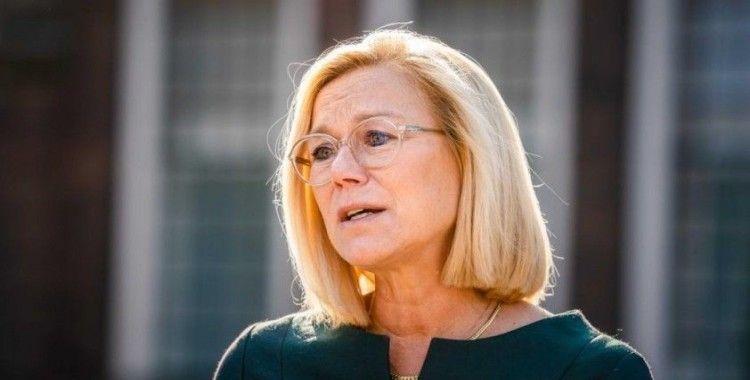Hollanda'da art arda istifalar: Savunma Bakanı Bijleveld de istifa etti
