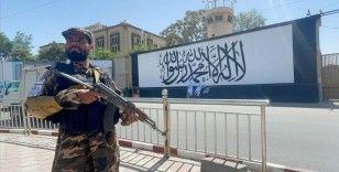 Pakistan, kapsayıcı Afgan hükümeti için Taliban ile diyalog başlattı