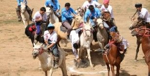 """Erciş'te """"Ulupamir Kültür Şöleni"""" gerçekleştirildi"""