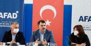 Murat Kurum: Antalya ve Muğla'da 2 bin 516 bağımsız birimin acil ağır hasarlı olduğunu tespit ettik