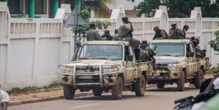 Fransa Savunma Bakanı Parly: Fransa Mali'den gitmiyor