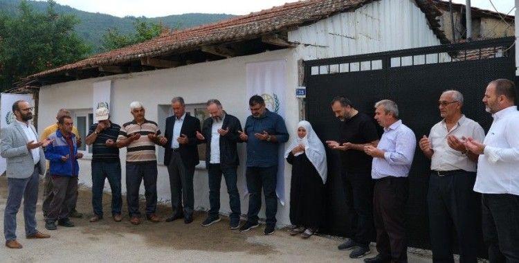 Selde evi yıkılan Fatma Teyze'nin yüzü güldü