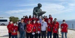 Diyarbakırlı öğrenciler Çanakkale'de şehitlikleri gezdi