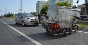Engelli araçla otomobil çarpıştı: 1 yaralı