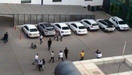 Diyarbakır'da otoparktaki kavgada kürsüler ve yumruklar havada uçuştu