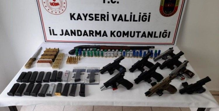 Jandarmadan silah ticaretine darbe