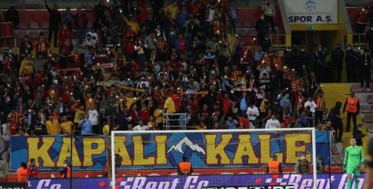 Kayserispor - Galatasaray maçını 7 bin 73 taraftar izledi
