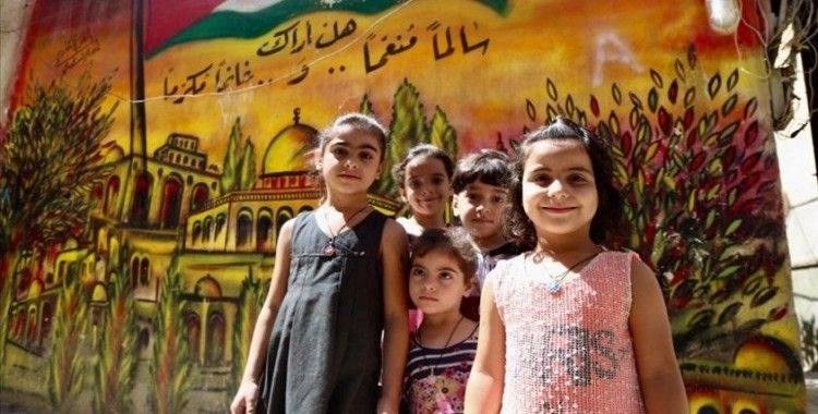 Mülteci kamplarının duvarları genç Filistinlilerin umutlarını ve özgürlük tutkularını yansıtıyor