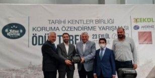Diyarbakır Surlarındaki 'Diriliş' ödülünü aldı