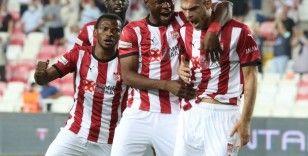 Sivasspor, İstanbul takımlarına yenilmiyor