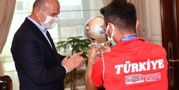 İçişleri Bakanı Soylu, Avrupa Şampiyonu Ampute Futbol Milli takımını kabul etti