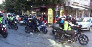 İstanbul'da 720 motosikletli kurye farkındalık için kahvaltıda buluştu