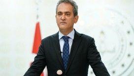 Milli Eğitim Bakanı Özer: 'Açıköğretim ve olgunlaşma enstitüsü kayıtlarını 15 Ekim'e kadar uzattık'