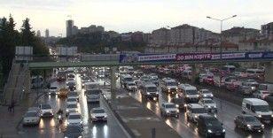 İstanbul'da haftasonu öncesi trafik yoğunluğu