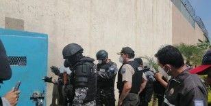 Ekvador'da cezaevlerindeki şiddet olayları devam ediyor: Mahkumlar polise ateş açtı