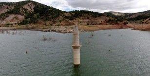 Bu minare adeta kuraklık ölçer oldu