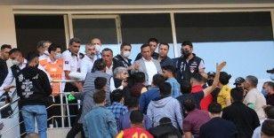 """Başkan Gevrek: """"4-5 maç yenilirsen taraftarın protestosu da, tepkisi de olur"""""""