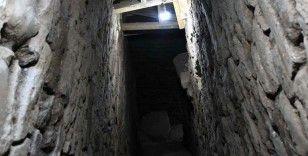 Beçin Antik Kenti'nde bulunan 19 metrelik kuyuda değerli bulgulara ulaşıldı