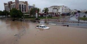 Umman'ı vuran Şahin Kasırgası'nda ölü sayısı 11'e yükseldi