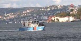 Bulgar Sahil Güvenlik botu İstanbul Boğazı'ndan geçti