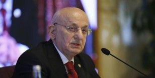 Eski Meclis Başkanı Kahraman'dan 'dindar anayasa' açıklaması: Sözlerim çarpıtıldı
