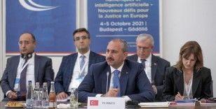 Adalet Bakanı Gül: Hiçbir teknolojik gelişme insandan daha değerli değildir