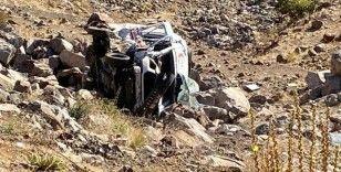 Bingöl'de ambulans ile otomobil çarpıştı: 7 yaralı