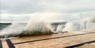 Orta Karadeniz'de bugün fırtına bekleniyor