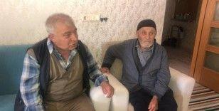 107 yaşındaki Osman dede, 40 yıldır kayıp olan oğluna kavuştu