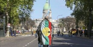 Arjantin'de yerli topluluklar gösteri düzenledi