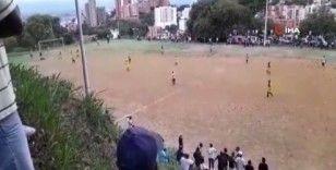 Futbol maçının ortasında kartel çatışması: 2 ölü, 2 yaralı