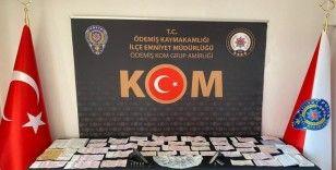İzmir'de tefeci operasyonu: 2 gözaltı
