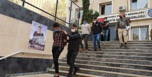5 milyon 733 bin liralık vurgun yaparak İran'a kaçtı: Vurguncunun parayı aldığı anlar kamerada