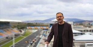 Bakan Kasapoğlu, Intercity İstanbul Park'ta incelemelerde bulundu