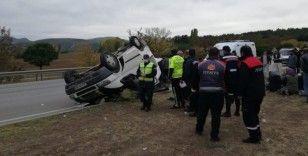 Amasya'da tarım işçilerini taşıyan minibüs devrildi: 18 yaralı
