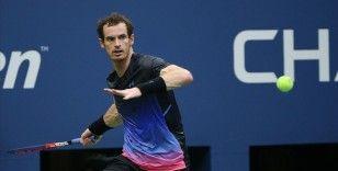 Büyük Britanyalı tenisçi Andy Murray, çaldırdığı alyansını arıyor