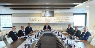 Bakan Karaismailoğlu: 'Bursa'nın değerine değer katacak yatırımların takipçisiyiz'