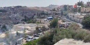 İsrail güçlerinden Mescid-i Aksa'nın güneyinde bir okula ses bombası ve göz yaşartıcı gazla saldırı