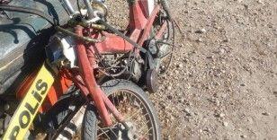İstinat duvarına çarpan motosiklet sürücüsü yaralandı