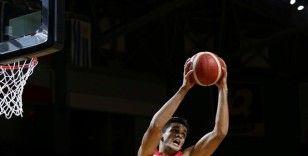 NBA ön sezondaki 'Türk derbisi'ni Ömer'in takımı kazandı