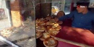 Kabil'de fırınlar talepleri karşılıyor