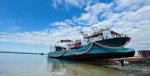 Trabzon'da 7 milyon dolara imal edilen balıkçı gemisi denize indirildi