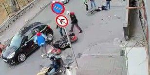 Kadıköy'ün 'ölüm sokağı' tehlike saçıyor