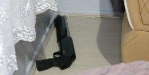 Bursa'da silah tacirlerine şafak operasyonu: 6 kişi tutuklandı