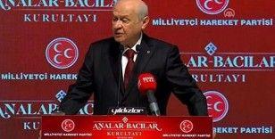 Bahçeli: ''HDP, yandaşlarını ölüm orucuna terk eden, diğer yanda kebap yiyen bölücü kebapçılardır''