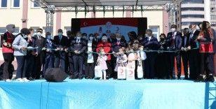 Bayburt Group tarafından yaptırılan camii ve anaokulunun açılışı Yıldırım'ın katılımıyla yapıldı