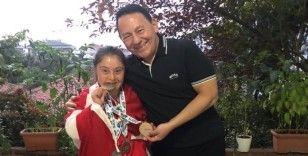 Gururumuz Münevvere Yılmaz, Cengiz Aygün'ü ziyaret etti