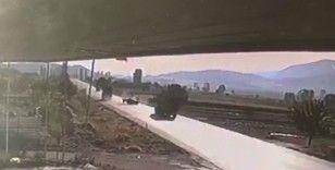 Burdur'da tırla, traktörün çarpıştığı kaza anı güvenlik kamerasında